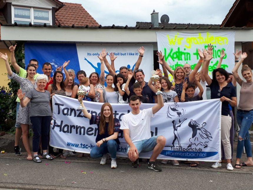 Katrin Pfundstein und Elias Vogt sind deutscher Meister in der C-Klasse